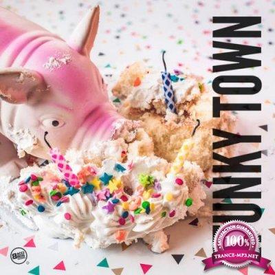 Funky Town Vol. 1 (2017)