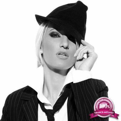 Claudia Cazacu - Haute Couture 119 (2018-07-19)